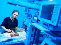 How to Become a Neonatal Nurse Practitioner